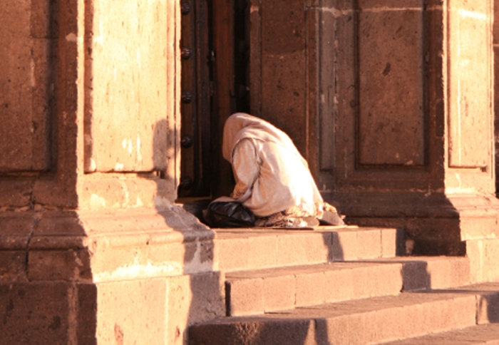 prayer-woman